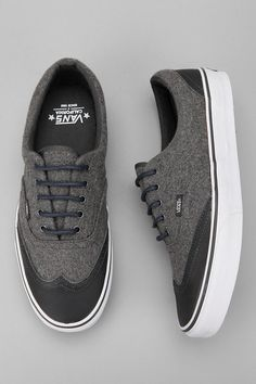 Dope wing tipped Vans.