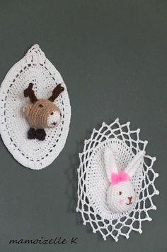 Trophée Saint Charles, Elsa, Crochet Earrings, Creations, Taxidermy, Gift, Sweetie Belle, Amigurumi, Objects