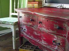 DIY Furniture : DIY Going from tragic to rustic