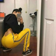 Streetwear Daily Urbanwear Outfits Tag to be featured DM for promotional requests Tags: Fashion Killa, Look Fashion, Girl Fashion, Fashion Outfits, Womens Fashion, Fashion Trends, Fashion Black, Unique Fashion, Outfit Goals