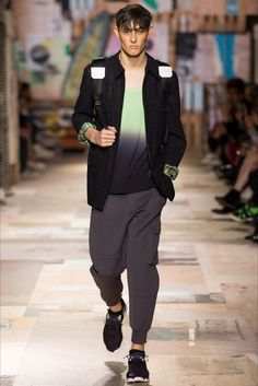 Y-3 - Men Fashion Spring Summer 2015 - Shows - Vogue.it