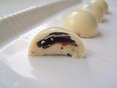 Hvid chokolade med lakridssirup - Fyldte chokolader