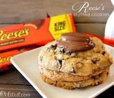 ~Reese's Stuffed Cookies!