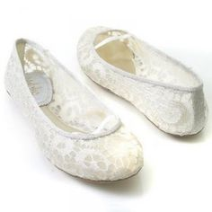 19561de80384 White or ivory wedding bridal shoes for every woman.would love to wear  these shoes during the reception