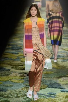 Fashion Trends Spring 2015 Photos - Colorblock Fashion Week Trends