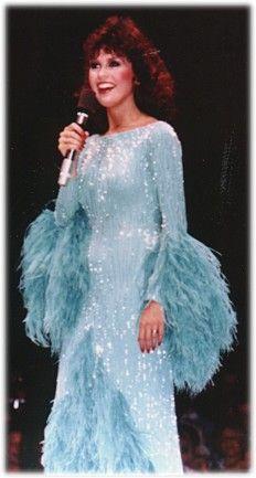Merrill Osmond, Osmond Family, The Osmonds, Marie Osmond, Playlists, Hollywood, Actresses, Concert, Amazing