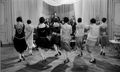 Dancing to jazz age music