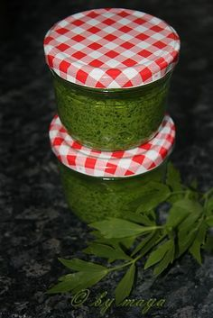 M P uploaded this image to 'pasta de leustean'. See the album on Photobucket. Eat Me Drink Me, Food And Drink, Homemade Gummy Bears, Canning Pickles, Hungarian Recipes, Romanian Recipes, Romanian Food, Home Food, Fermented Foods
