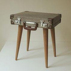 Little suitcase table
