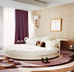 Bedrooms / Mr Arch - C'mon now, i think it's time everyone has had a chance to sleep in a round bed.