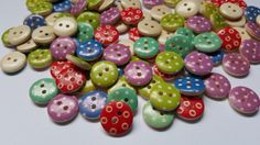 50 x 2-Hole Printed Wooden Buttons - Round - 15mm - Dots - Mixed Colour