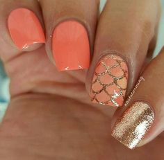 Coral gold summer nails