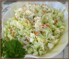 Kfc like Coleslaw Recipe Ingredients: cup diced carrot 8 cups finely diced cabbage (about 1 head) cup granulated sugar 2 tablespoons minced onions teaspoon pepper teaspoon salt . Vegetarian Salad Recipes, Easy Salad Recipes, Easy Salads, Side Dish Recipes, Healthy Recipes, Cheap Recipes, Meatless Recipes, Side Dishes, Coleslaw Recipe Easy