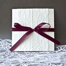 Annie purple red invitation Wedding Invitation Cards, Red Wedding, White Lace, Annie, Wedding Inspiration, Gift Wrapping, Purple, Frame, Babyshower
