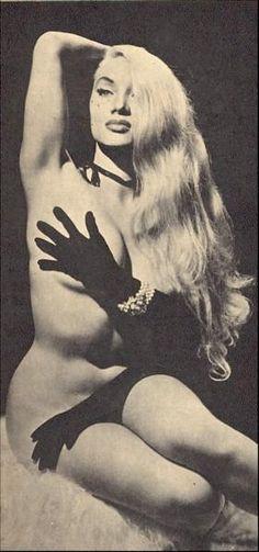 Burlesque dancer Lilly Christine 1950's