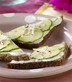 Cool Cucumber Sandwiches from @Marzetti Kitchens - yum! #EverydayMarzetti #spon