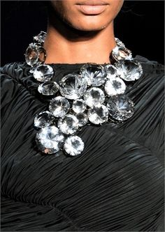 Now that is a statement...going to use for inspiration!  VERA WANG ~ 2011 necklace