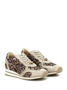LIU.JO - Sneakers - Donna - Sneaker in camoscio e tessuto lavorato con borchie e suola in gomma. Tacco 35, platform 15 con battuta 20. - SAND\GOLD - € 179.00