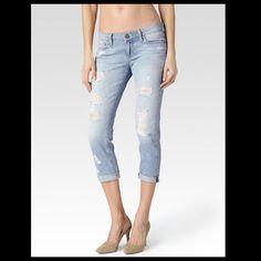 Paige Jimmy Jimmy Crop Destructed Paige Jimmy Jimmy Crop Destructed in Naomi Dest wash. Size 25. In perfect condition. Paige Jeans Jeans Boyfriend