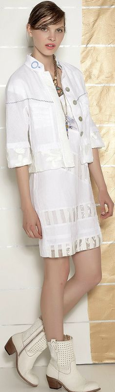 Elisa Cavaletti - S/S 2016 Cool Outfits, Casual Outfits, Elisa Cavaletti, Coups, Personal Style, Women's Fashion, Style Inspiration, Shirt Dress, Chic