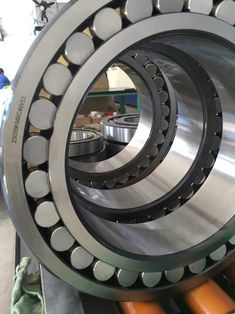 Sell Spherical Roller Bearing 23056KMBC4W33, us$629.00/piece, ID: 280.00mm, OD: 420.00mm, Width: 106.00mm, Chamfer: 4, Basic Dynamic Load Rating: 1595KN, Basic Static Load Rating: 3135KN, Limited Speed (rpm): 918(grease)/1232(oil), Gross Weight: 54.9kg, Brass Cage