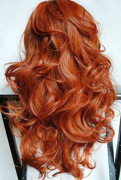Использование хны для окрашивания волос.