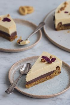 Torta od strasti s nadahnućem Strast iz Valrhone Valrhona Chocolate, Chocolate Hazelnut, Fruit Recipes, Cake Recipes, Dessert Recipes, Cake Cookies, Yummy Cakes, No Bake Cake, Love Food