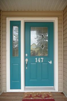teal door and tan house Teal Front Doors, Teal Door, Turquoise Door, Front Door Paint Colors, Painted Front Doors, Paint Colors For Home, Front Door Decor, Exterior Door Colors, Exterior Doors