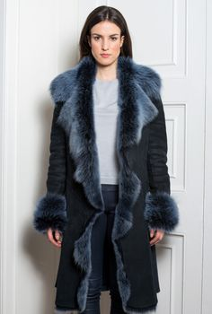 Hooded Fur Shearling Coat | Moda | Pinterest | Shearling coat, Fur ...