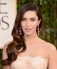 Megan Fox hair & makeup look from the red carpet of the Golden Globes. What do you think?