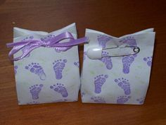 The bags are adorable for baby shower favors... love the ribbon to tie the top...