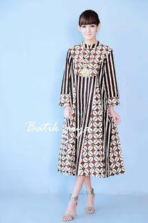 Dress Hijab Batik Ideas For 2019 Source by mockematthysen dress Batik Fashion, Abaya Fashion, Muslim Fashion, Ethnic Fashion, African Fashion, Fashion Outfits, Blouse Batik, Batik Dress, Dress Batik Kombinasi