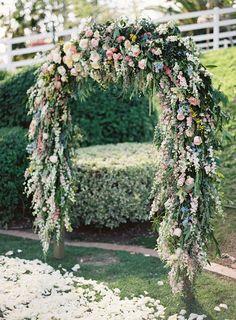 Lizzie + Caleb's Colorful Camarillo Private Estate Wedding