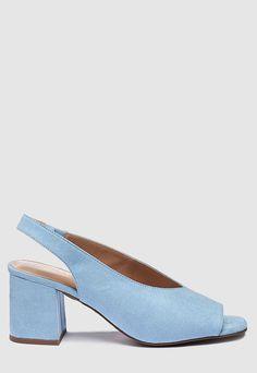 Sandale de piele intoarsa sintetica - cu toc masiv  Caracteristici Tip: sandale slingback Culoare: albastru Model: uni Stil: office - casual Material: textil Toc: masiv Tehnologie: Forever Comfort® Inchidere: fara inchidere Compozitie Exterior: material textil Interior: alte materiale Talpa: alte materiale Dimensiuni Toc: 6.5 cm Dimensiunile sunt aproximative.  Brand: NEXT  Pret: 179.99 Fashion Days, Heeled Mules, Kitten Heels, Flats, Casual, Shoes, Loafers & Slip Ons, Zapatos, Shoes Outlet