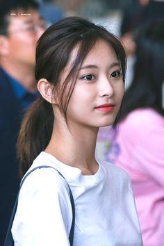 Lovely Twice Photo Part 70 - Visit to See More - AsianGram Cute Asian Girls, Beautiful Asian Girls, Beautiful Women, Kpop Girl Groups, Kpop Girls, Korean Beauty, Indian Beauty, Tzuyu And Sana, Twice Tzuyu