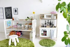 Toddler Room Organization, Ikea Baby, Home Board, Kids Decor, Home Decor, Furniture Restoration, Baby Room Decor, Diy Wood Projects, Kid Spaces