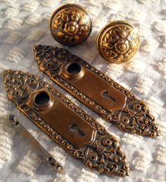 Victorian Brass Door Knobs & Plates  c1890