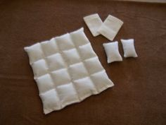 Dollhouse Miniature Down Comforter 1:12 Scale Ivory Pillows Removable Pillowcases Stitched Baffles Handmade New Item!