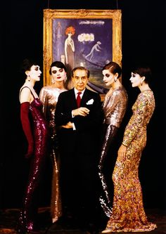 Norman Norell surrounded by models in his Fall 1960 collection inspired by Kees van Dongen's portrait of Luisa Casati in The Quai (painting in the background and owned by the designer), photo by Milton Greene for LIFE magazine , Sept. Man Ray, Marchesa, Vintage Outfits, Vintage Fashion, Vintage Couture, Classic Fashion, Vintage Clothing, Retro Fashion, New York Studio