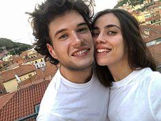 Eleonora & Edoardo (Skam Italia) Netflix Series, Series Movies, Movies And Tv Shows, Tv Series, O Film, Best Dramas, Tv Couples, Narnia, Boyfriend Material