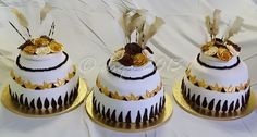 - African Wedding pots - gold, cream and brown Traditional Wedding Dresses, African Design, Decorated Cakes, Mini Cakes, Big Day, Cake Decorating, Pots, Wedding Cakes, Wedding Decorations
