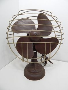 Antique 1930 S Art Deco Four Blade Oscillating Electric Desk Fan Works Great
