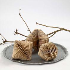 Buchseiten-Faltung - 3D-Deko aus einem ganzen Papierblock