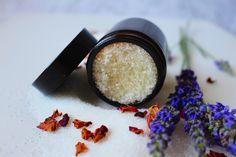 Τέλειο, σπιτικό σκράμπ σώματος! Benefits Of Sugar Scrub, Sugar Waxing, Lip Scrubs, Body Scrubs, Diy Body Scrub, Irish Coffee, Smooth Skin, Natural Oils, Skin Care