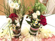 Tischdeko für Sommerhochzeit mit Gänseblümchen
