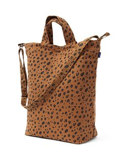 DUCK BAG / LEOPARD - BAGGU - Canvas products are ethically made in China.  How our products are made BAGGU products are designed to be as eco friendly as possible and are constructed to minimize material waste and ensure high quality. For more information, please click here.http://static.baggu.com/Catalogs/Baggu_EcoEthics.pdf