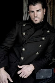 Coat envy. Suit. Winter clothing. For him. Men's Fashion. Style.