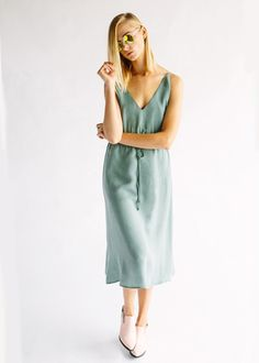 THE ELIOTT DRESS - SOFT GREEN