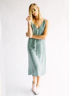 THE ELIOTT DRESS - SOFT GREEN