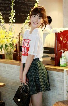 Guys And Girls, Kpop Girls, Cute Girls, Korean Women, Korean Girl, Jiyoung Kara, Pop Fashion, Girl Fashion, Jiyong
